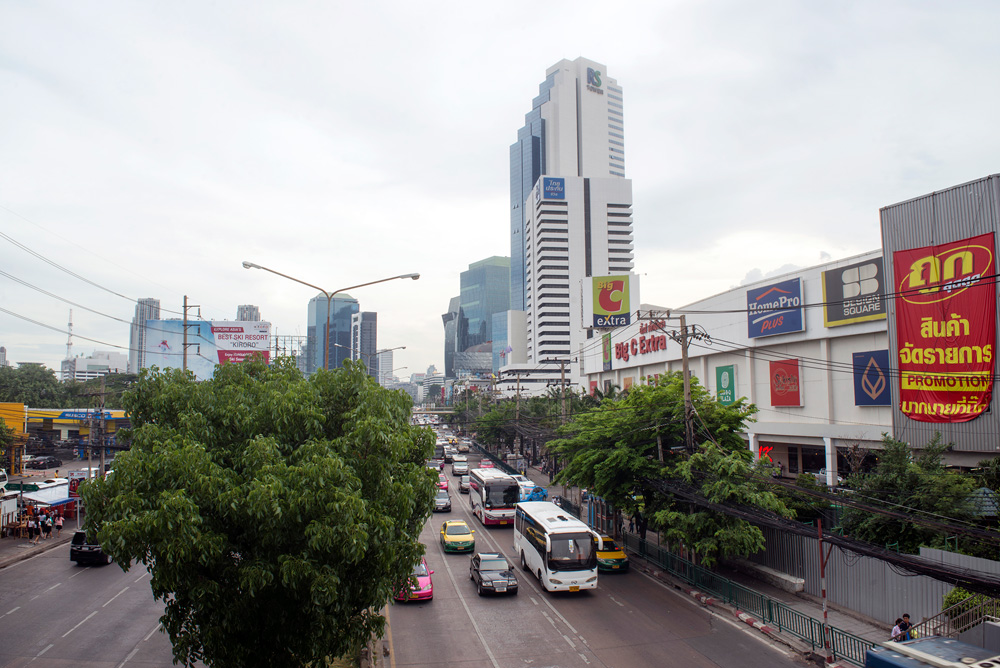 19 neighborhood huay kwang big c