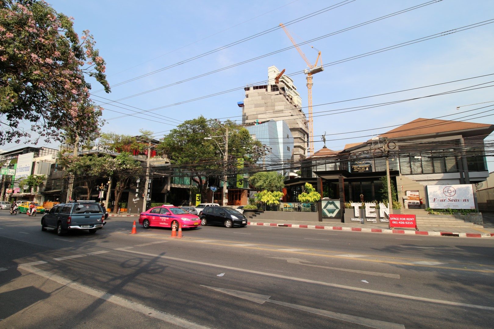 ten thonglor sukhumvit 55