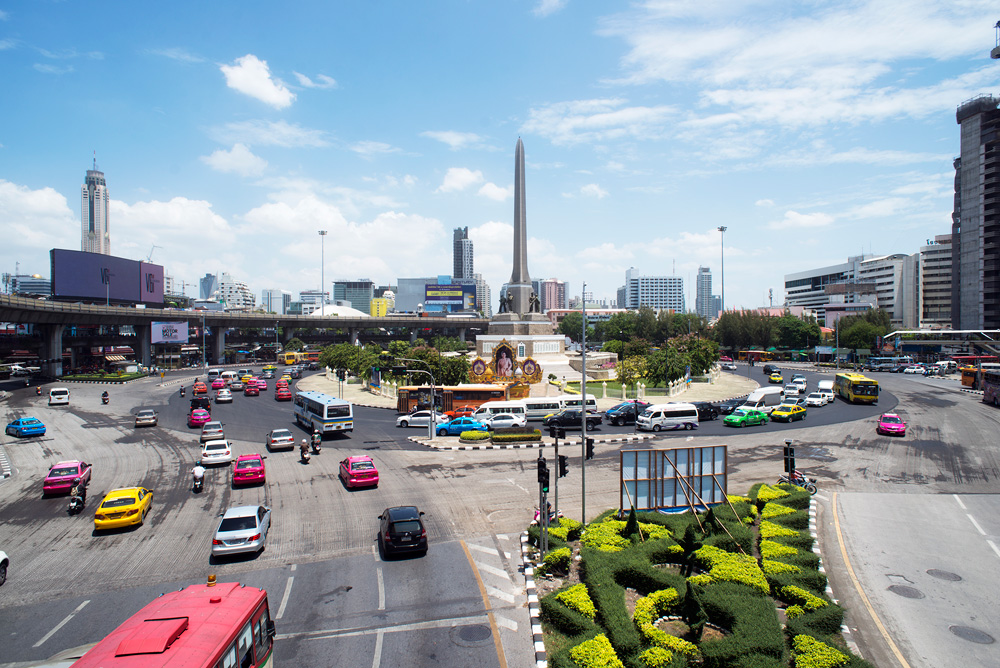 2 neighborhood victory monument junction 1