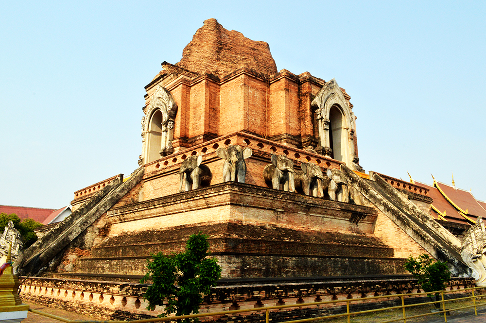 david richards davidriichards.com wat chedi luang