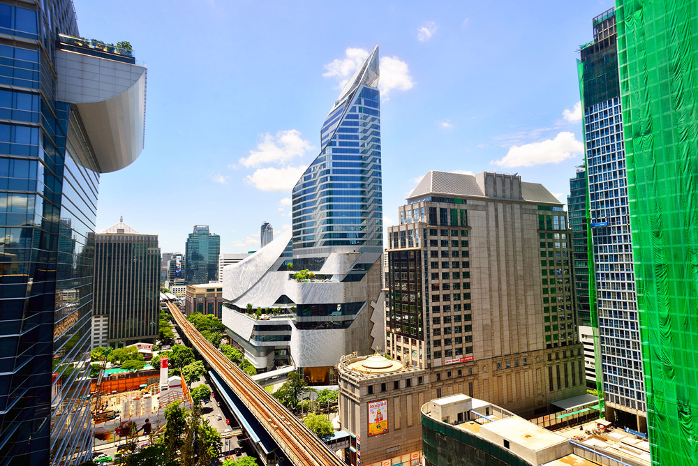 1 neighborhood phloen chit central embassy