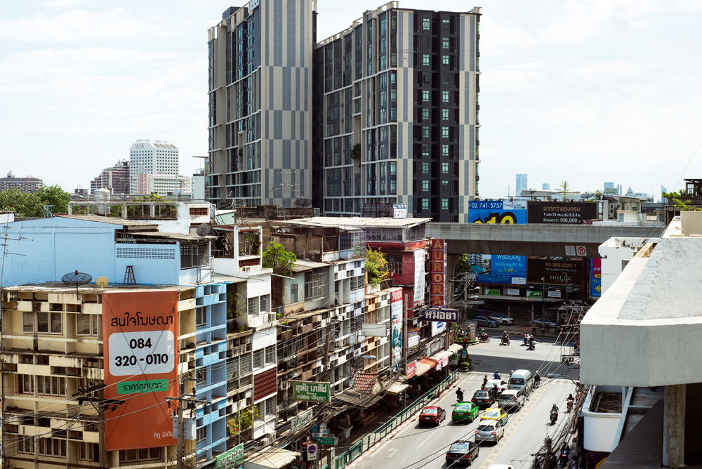 1 project udom suk street 8