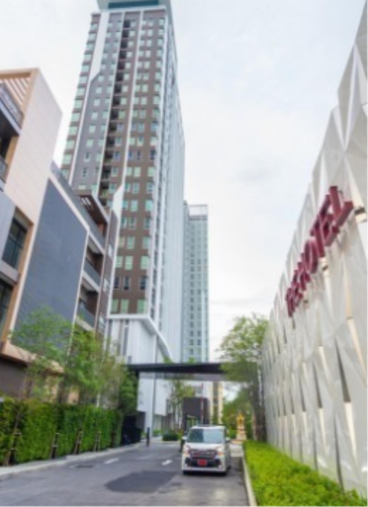 the hotel serviced condo bangkok 59d5e87fa12eda332f000098_full