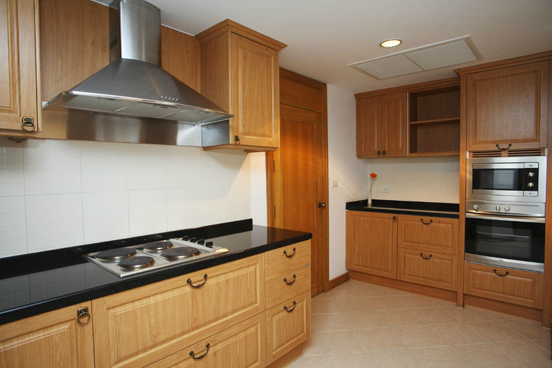 kitchen%20empire%20sawatdi.png