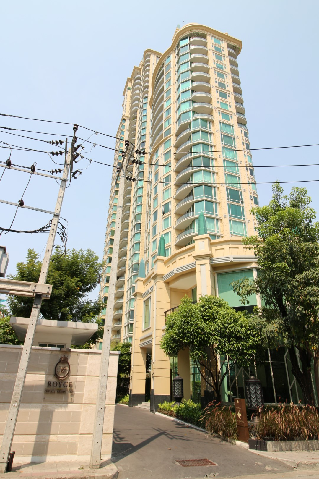 Bangkok Residential Agency's 3 Bed Condo For Rent in Asoke BR2995CD 3