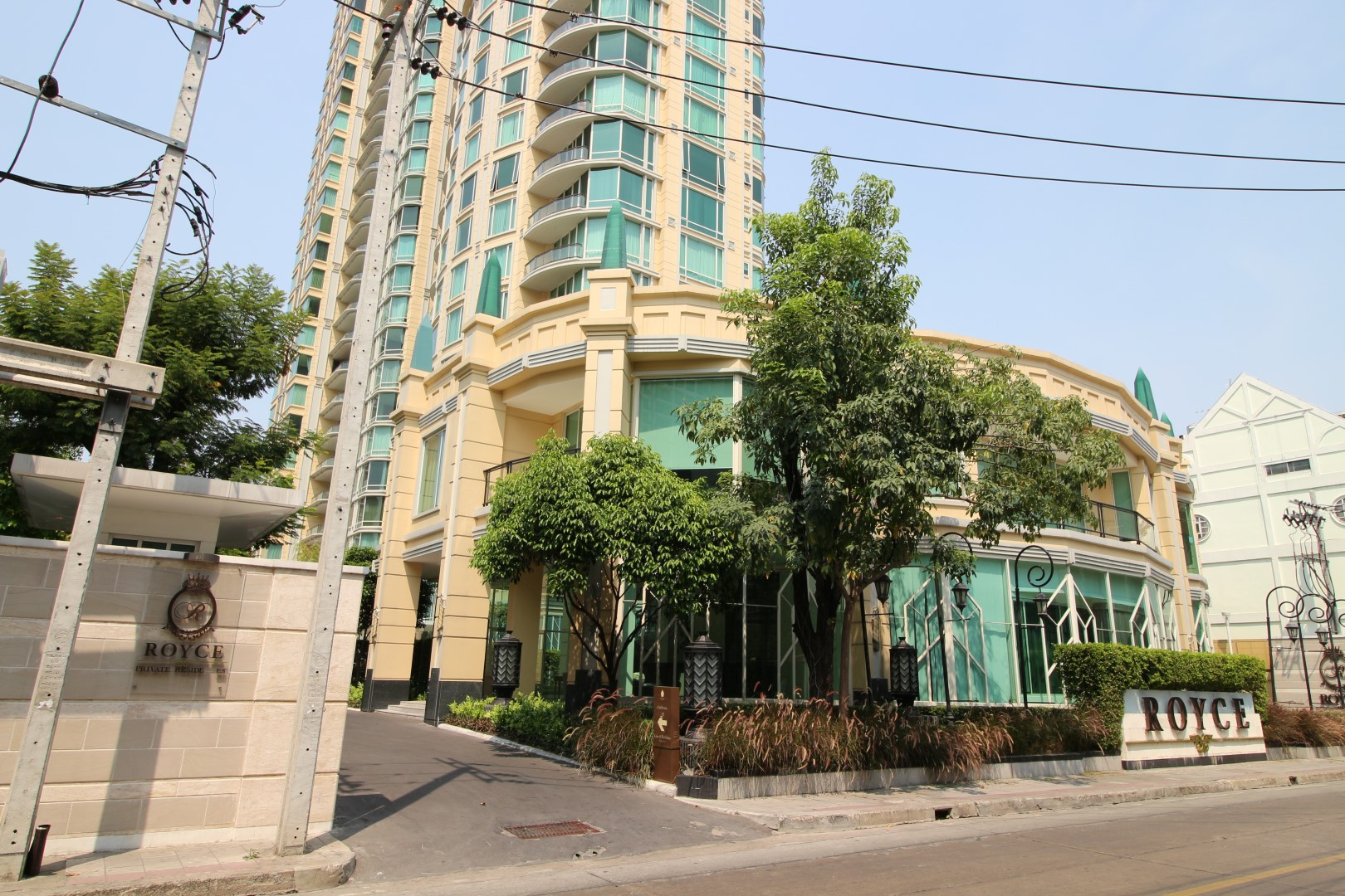 Bangkok Residential Agency's 3 Bed Condo For Rent in Asoke BR2995CD 4