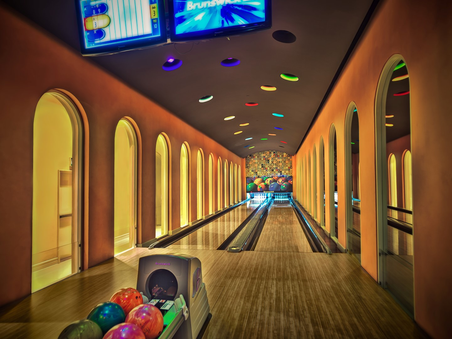 aguston facilities bowling.jpg