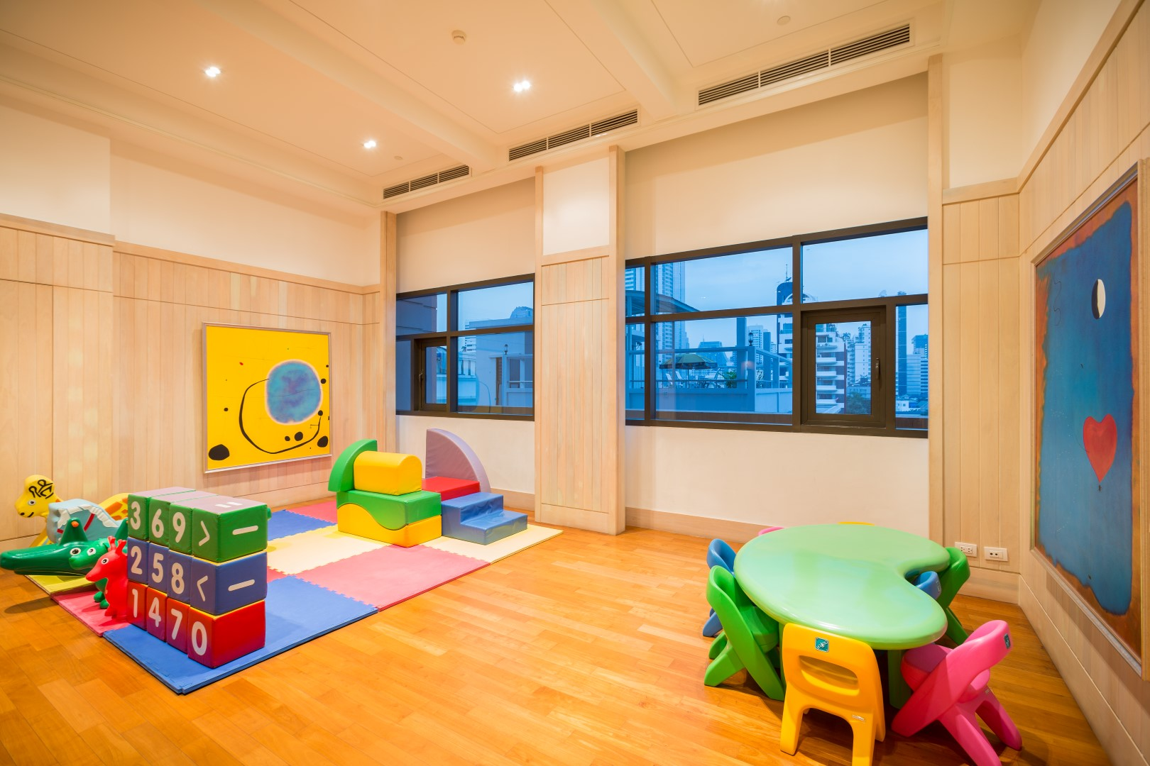 aguston facilities children playroom.jpg