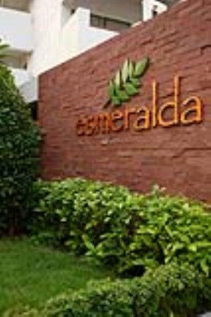 Esmeralda Apartment Sathorn