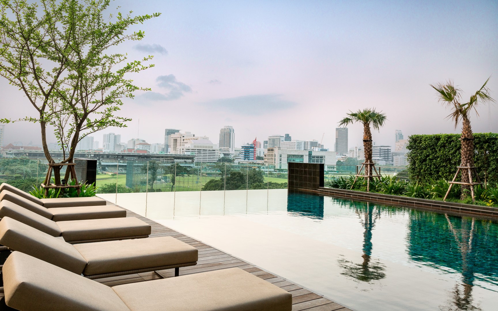 The One Residence Agency's Condo for Rent 3 Bedrooms at 185 Rajadamri 17