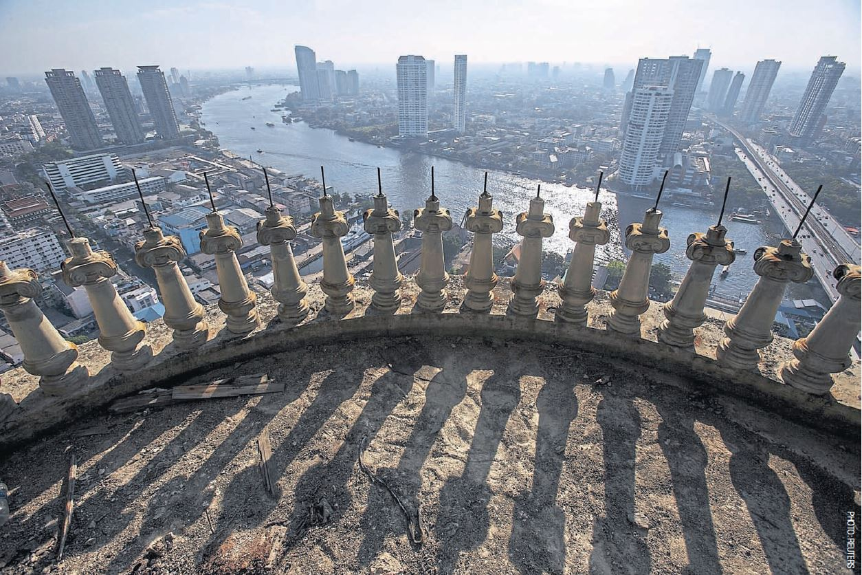 ghost tower bangkok view 1