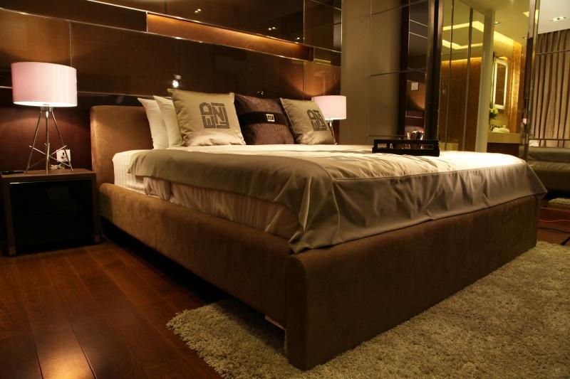 centara%20grand bedroom