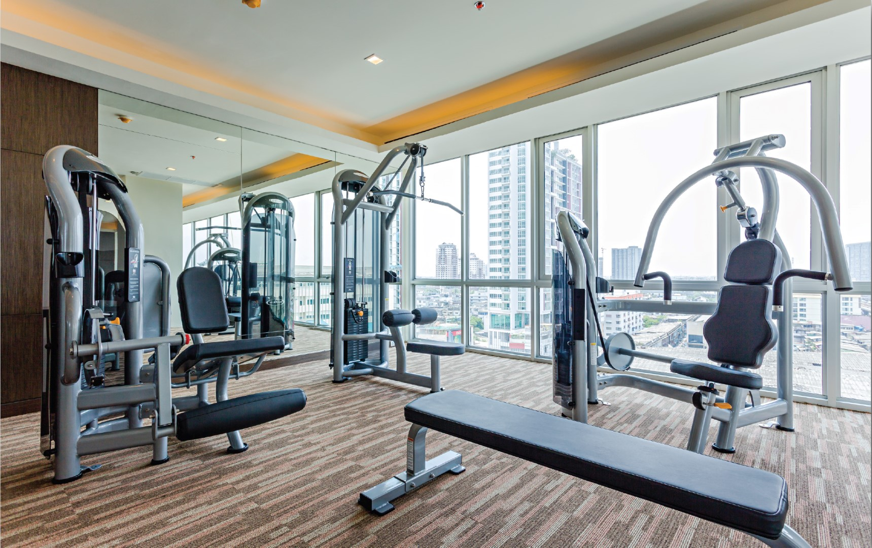 le luk skywalk condo facility fitness 1