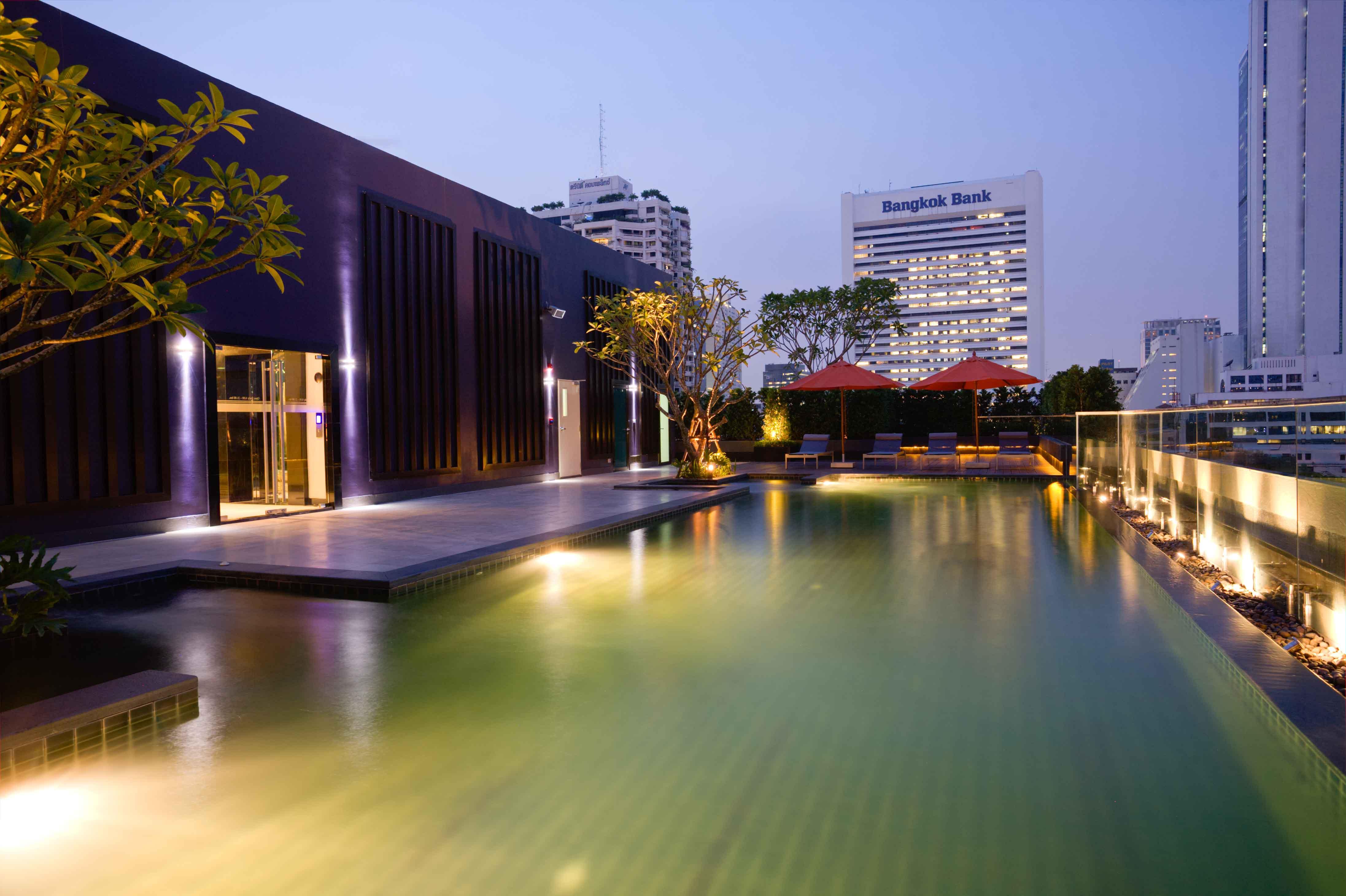 collezio swimming pool