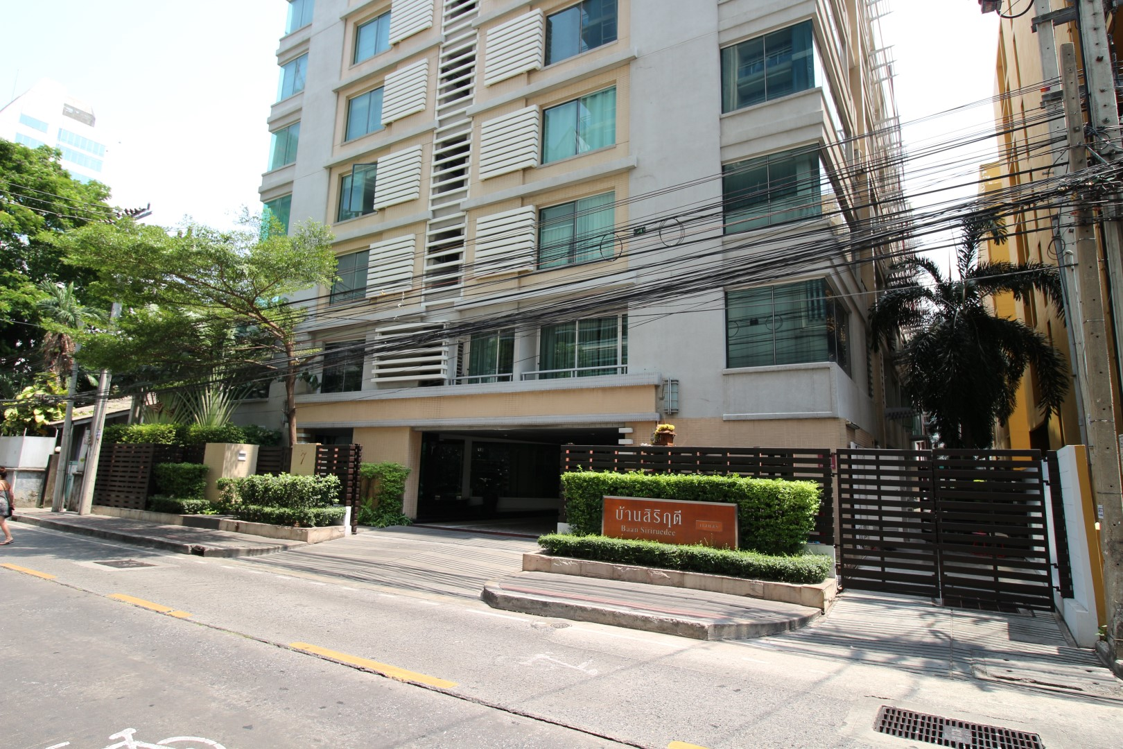 The One Residence Agency's Condo for Rent 2 Bedrooms 80 SQM. at Baan Siri Ruedee 1