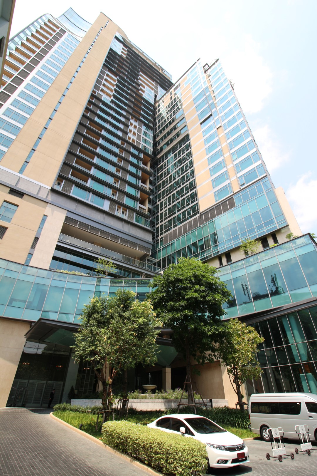 oriental residence facade 4