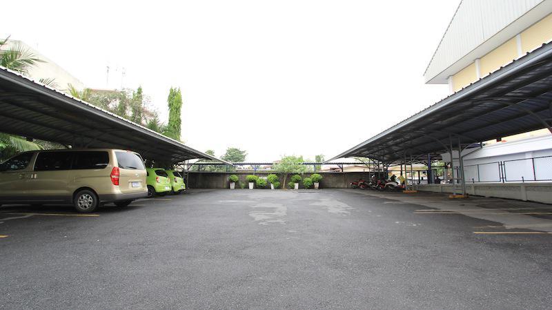 sarin suites facilities parking
