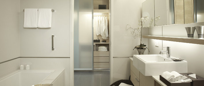 somerset%20thonglor%20-%20ensuite.jpg