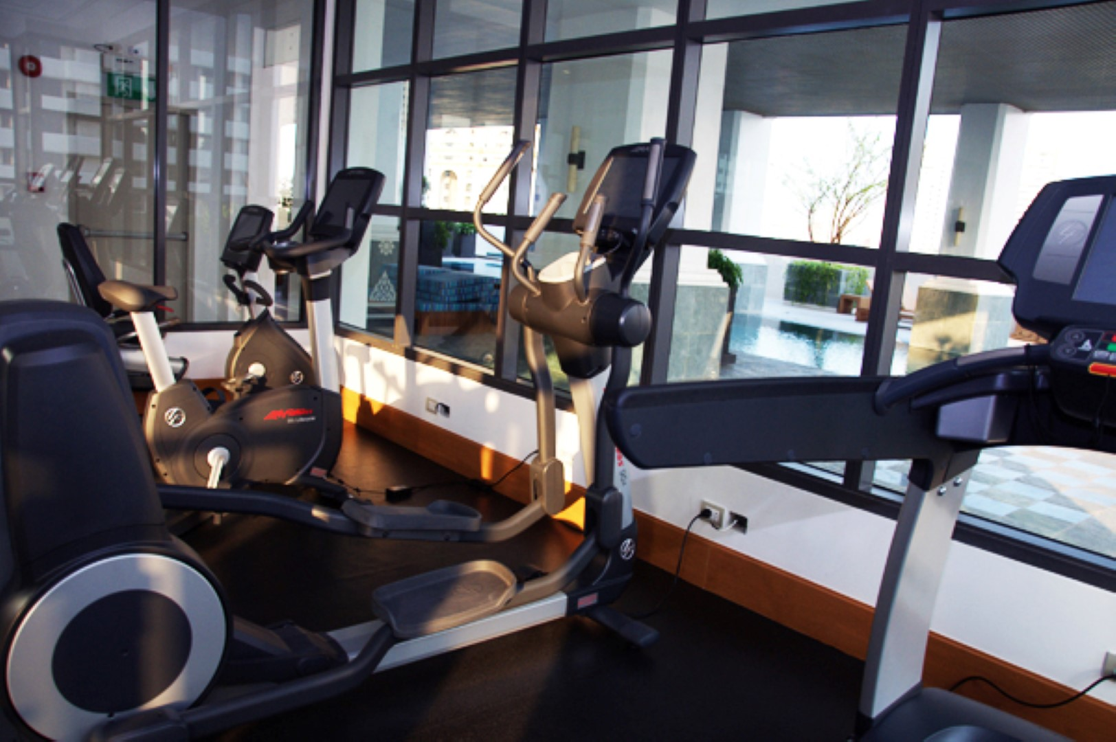le raffine jambu dvipa sukhumvit 39 facility fitness