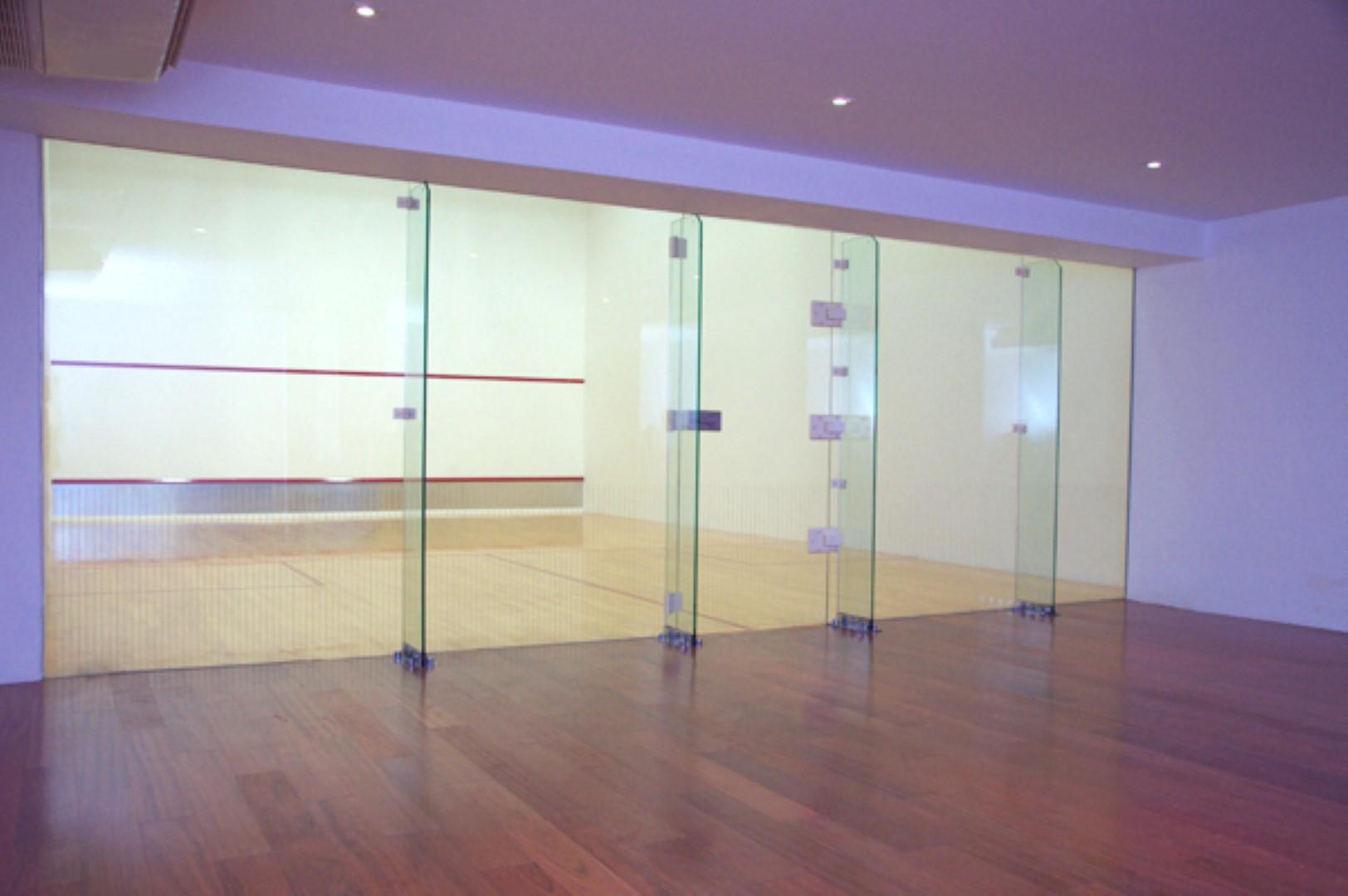 le raffine jambu dvipa sukhumvit 39 facility squash