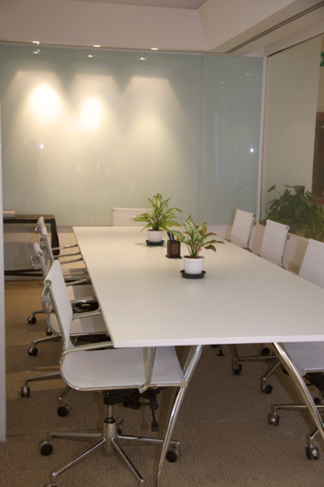 le raffine jambu dvipa sukhumvit 39 meeting room