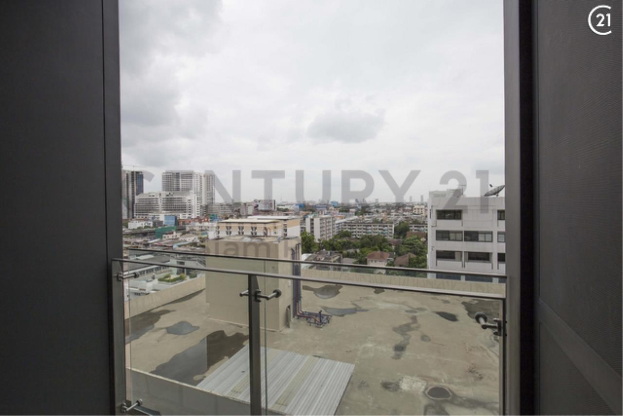 Century21 Siam Property Agency's The Monument Sanampao 11