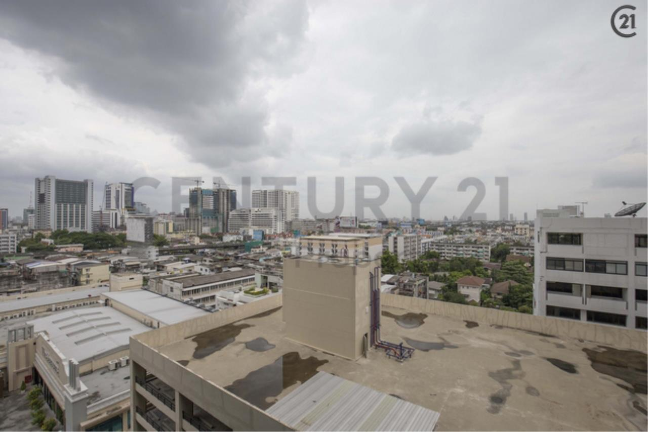 Century21 Siam Property Agency's The Monument Sanampao 12