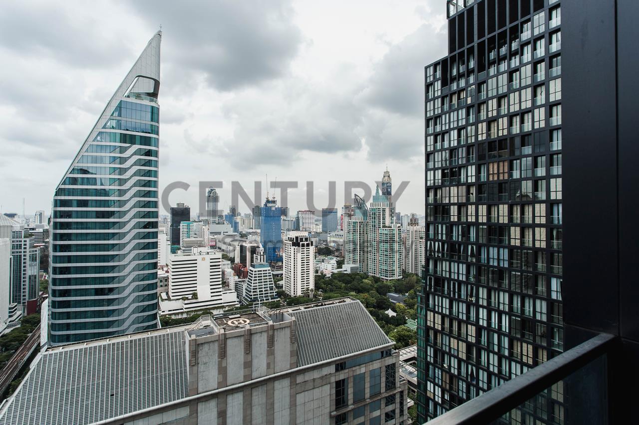 Century21 Siam Property Agency's Noble Ploenchit 19