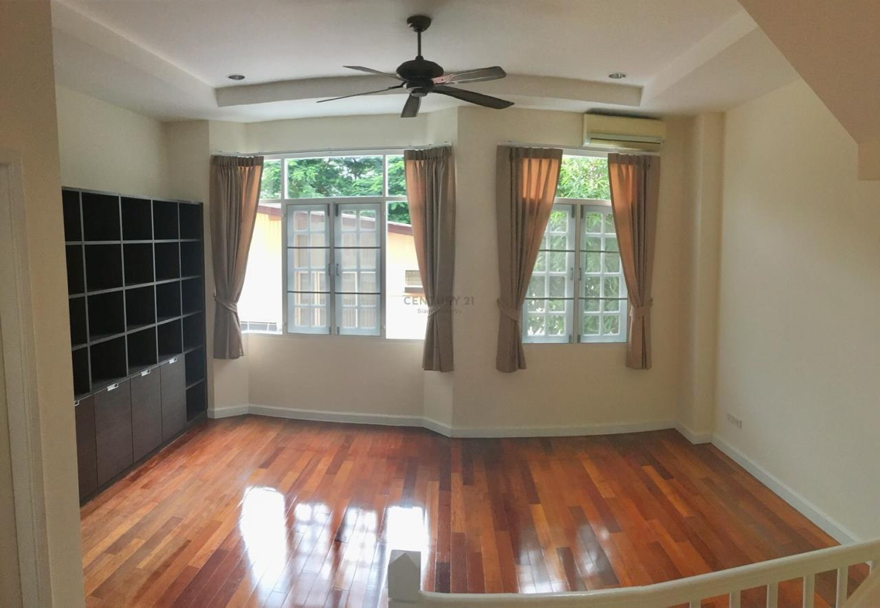 Century21 Siam Property Agency's Townhouse for rent Ekkamai 4