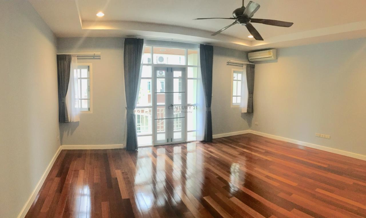 Century21 Siam Property Agency's Townhouse for rent Ekkamai 5
