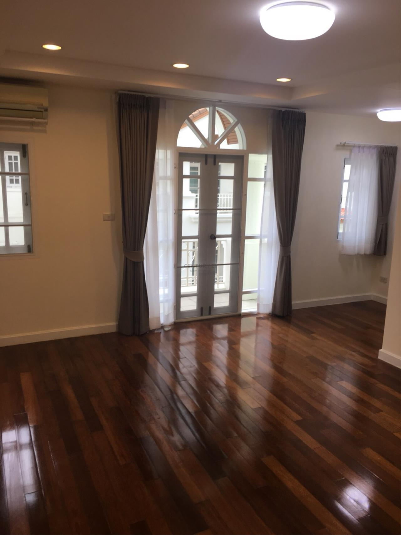 Century21 Siam Property Agency's Townhouse for rent Ekkamai 8