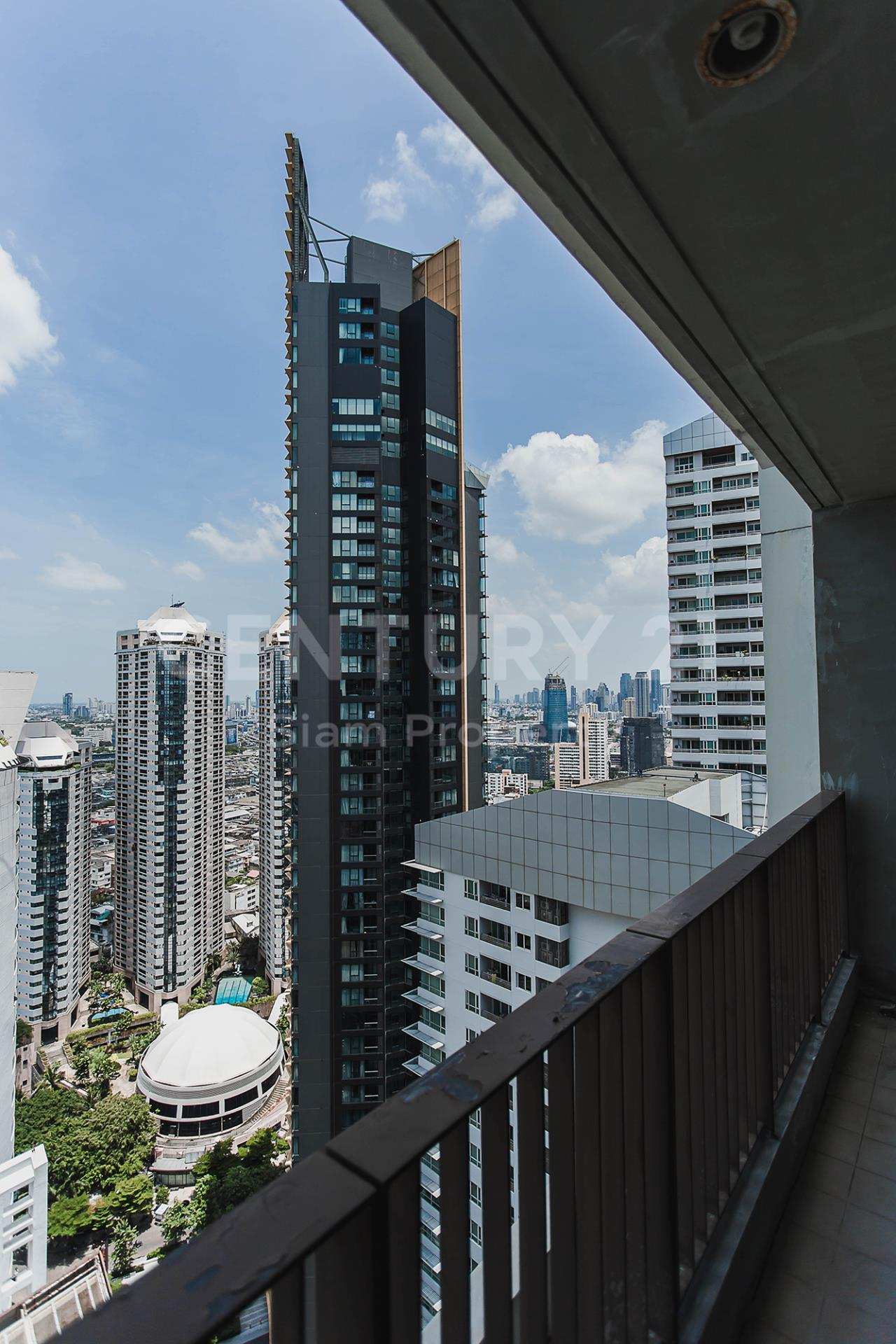 Century21 Siam Property Agency's The Emporio Place 17