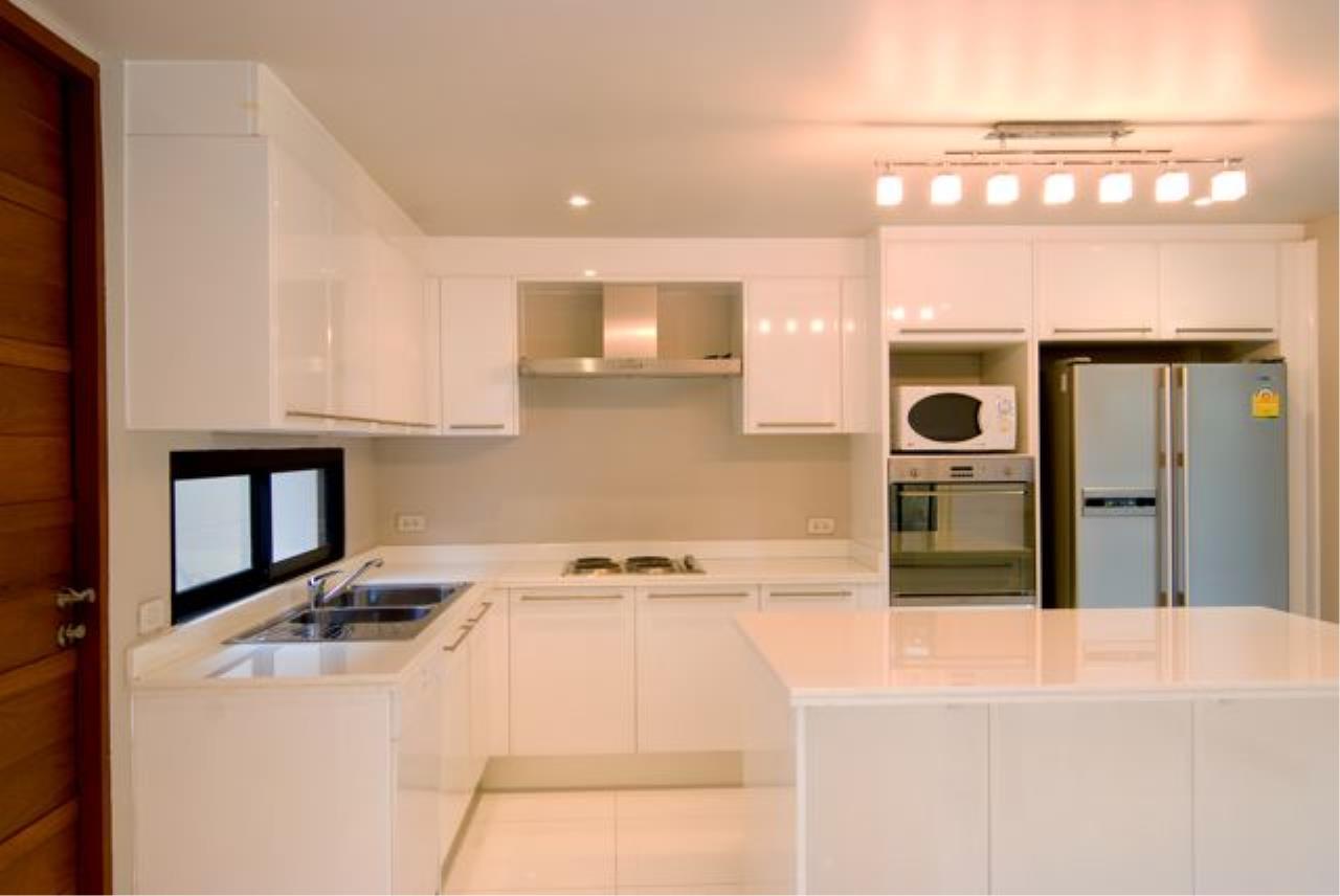 Bright Condos Agency's Single House Sukhumvit 34 10
