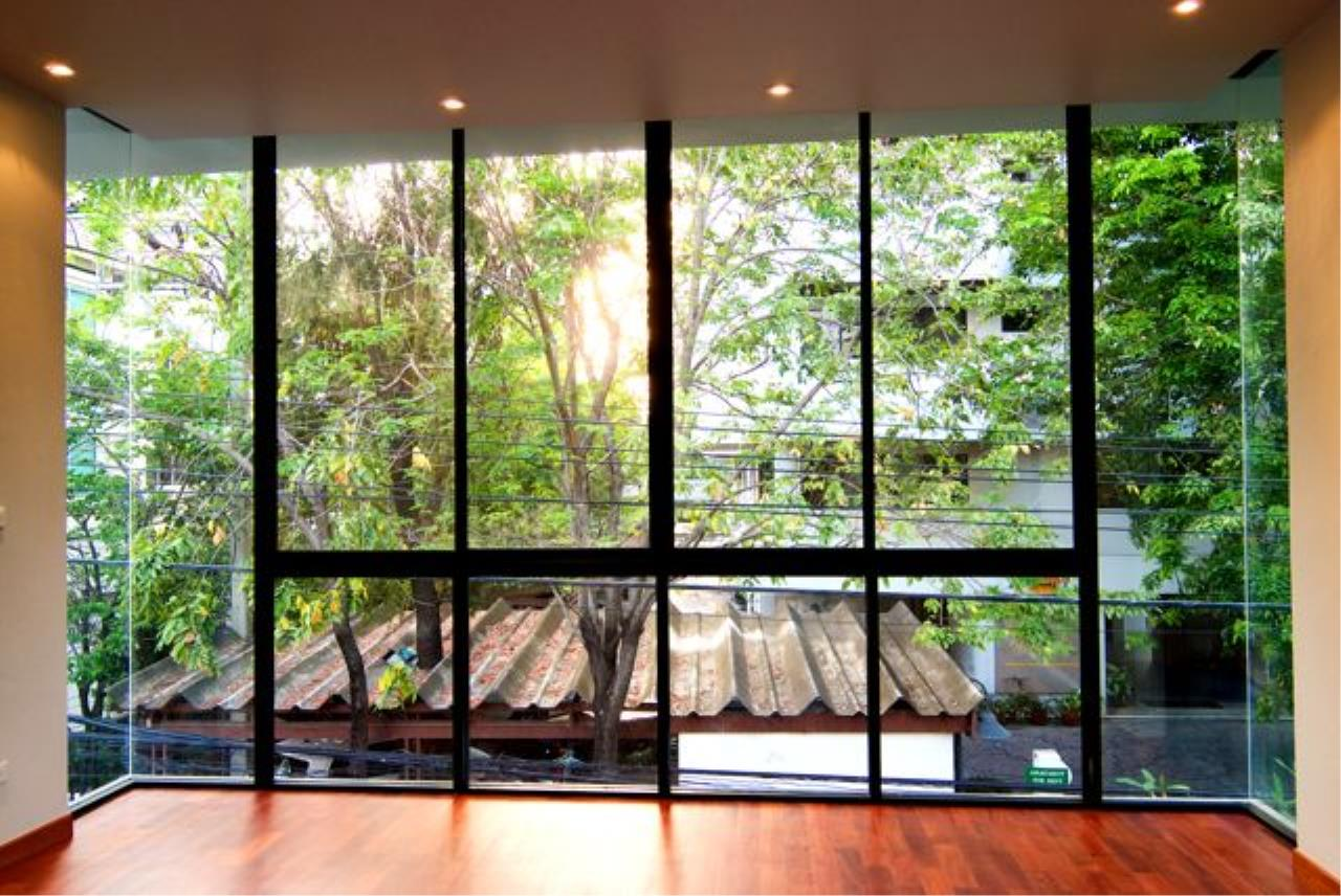 Bright Condos Agency's Single House Sukhumvit 34 12
