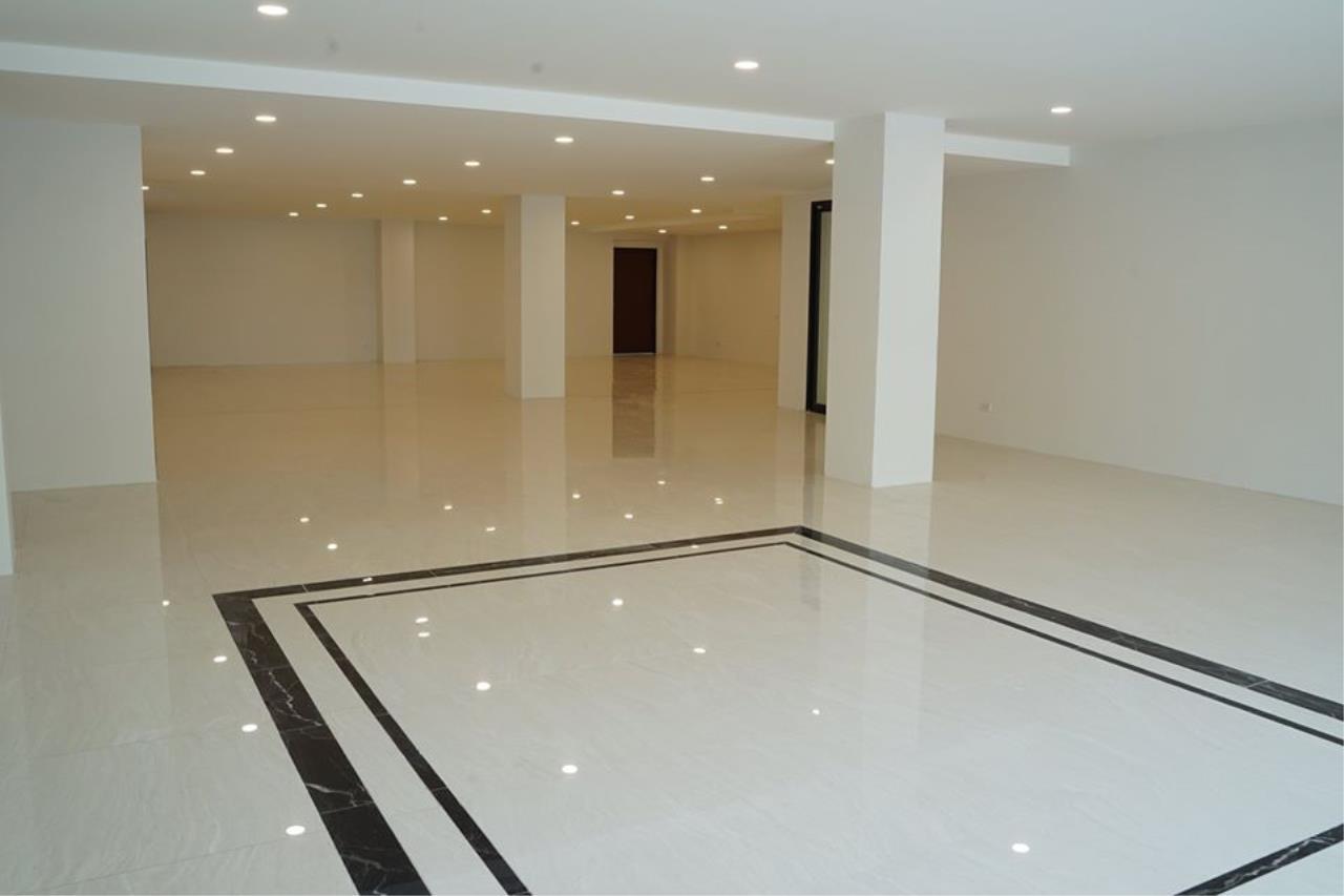 Bright Condos Agency's HOME OFFICE Srinakarin 5