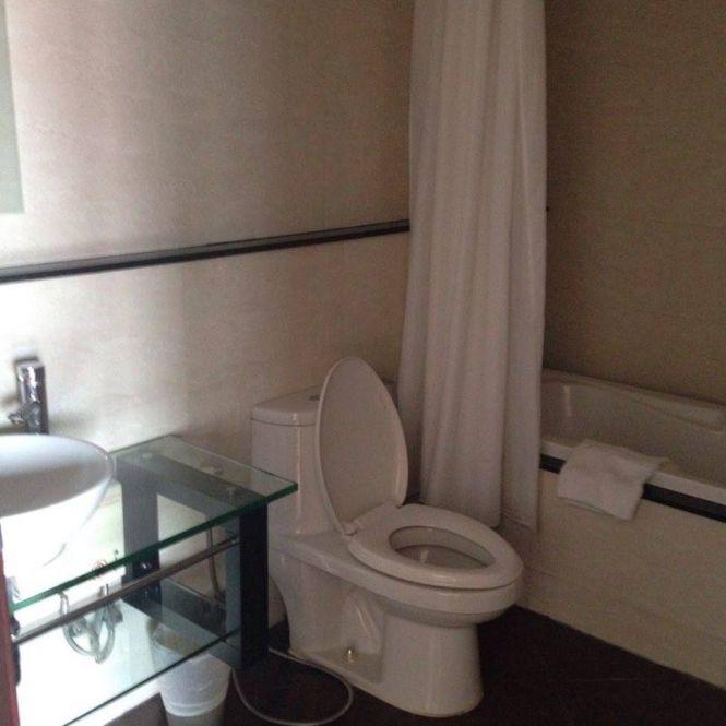 Powerhouse Properties Agency's Spacious 1 Bedroom condo 6