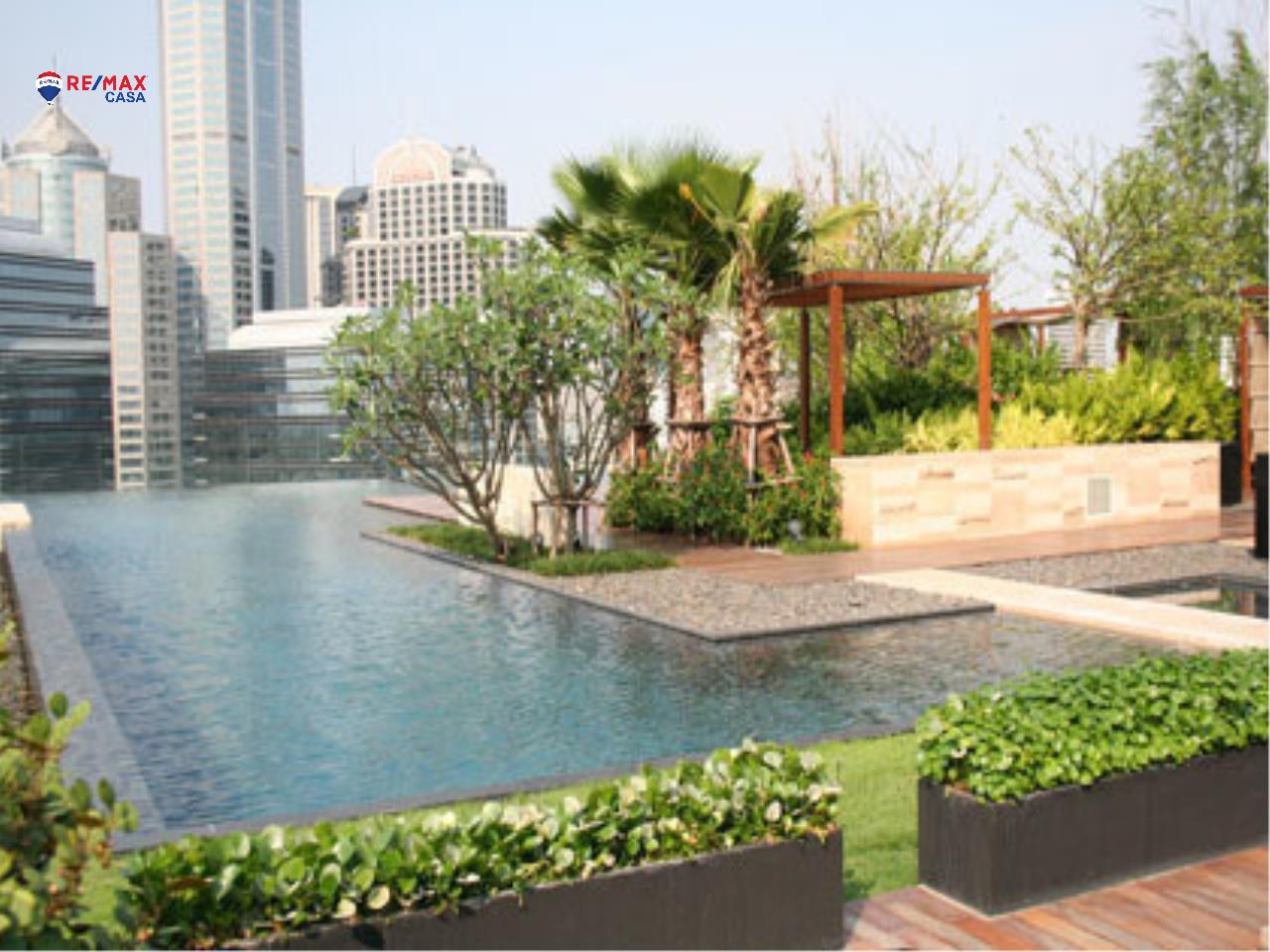 RE/MAX CASA Agency's Prive Ploenchit 4