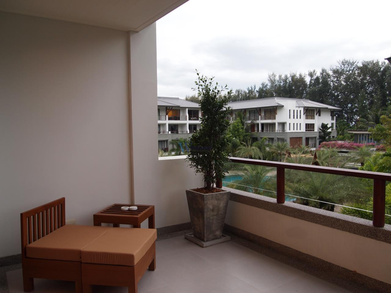 W Real Property Agency's Pearl of Naithon  For sell / or Rent  8