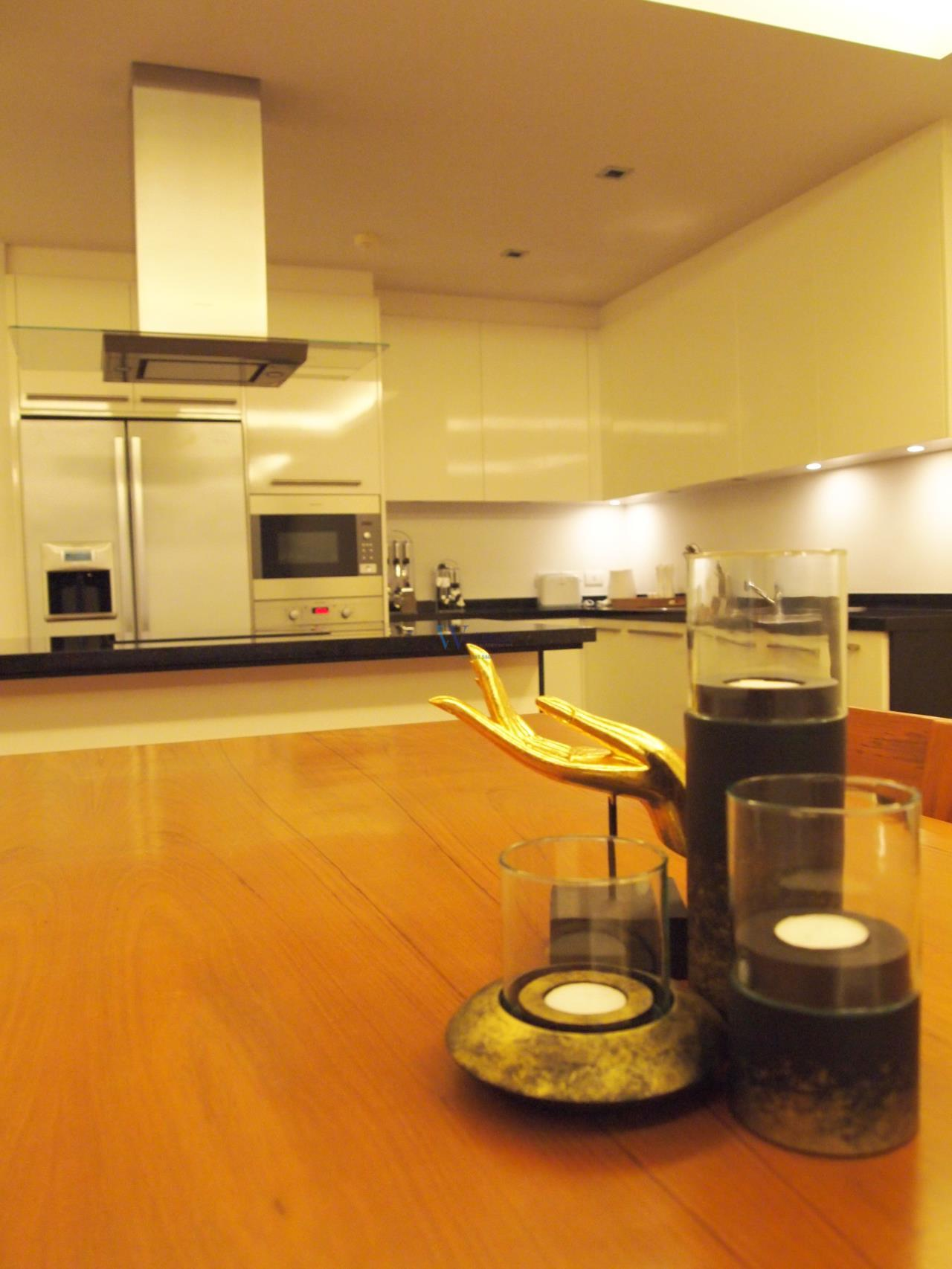 W Real Property Agency's Pearl of Naithon  For sell / or Rent  7