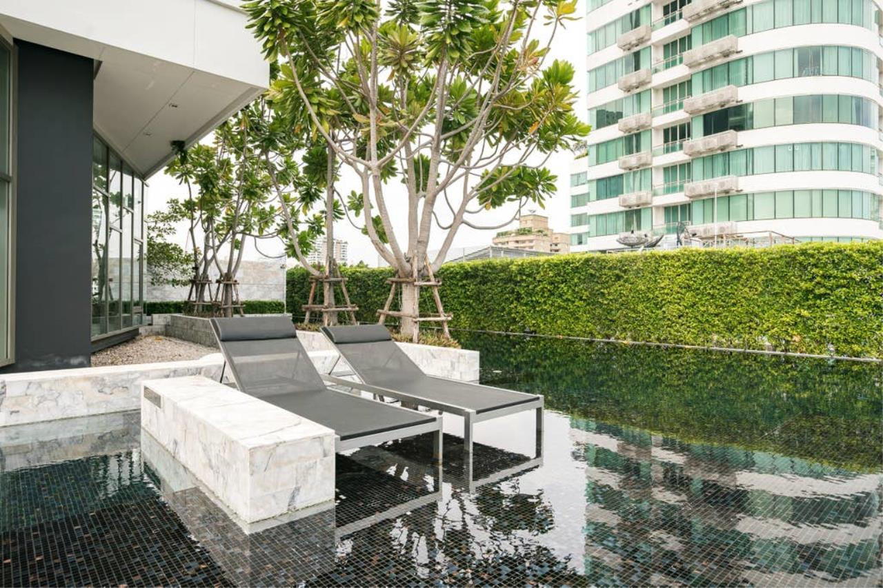 Hostmaker Bangkok Agency's Gorgeous 1bed1Bath in condo HQ by Sansiri 29