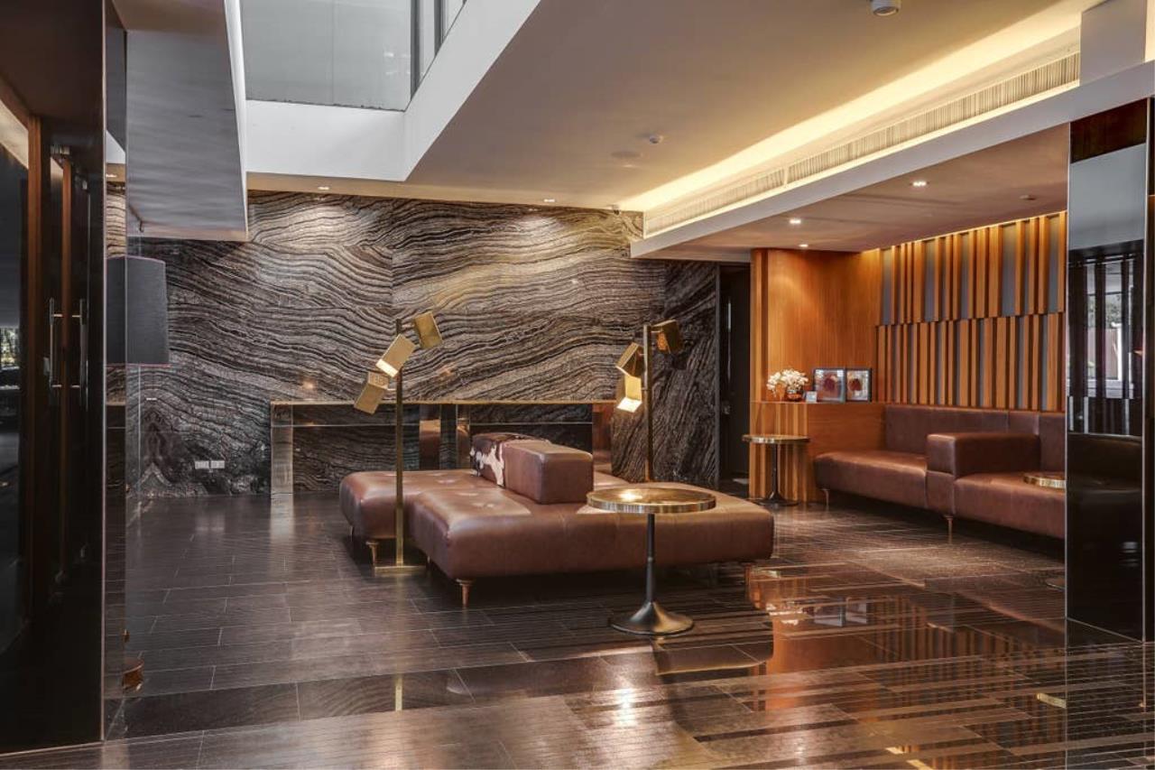 Hostmaker Bangkok Agency's Charming 1 Bed Apt w/ Balcony in Via 49 Condo 37