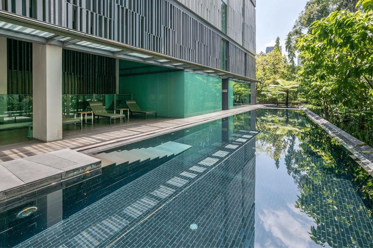 Hostmaker Bangkok Agency's Charming 1 Bed Apt w/ Balcony in Via 49 Condo 5