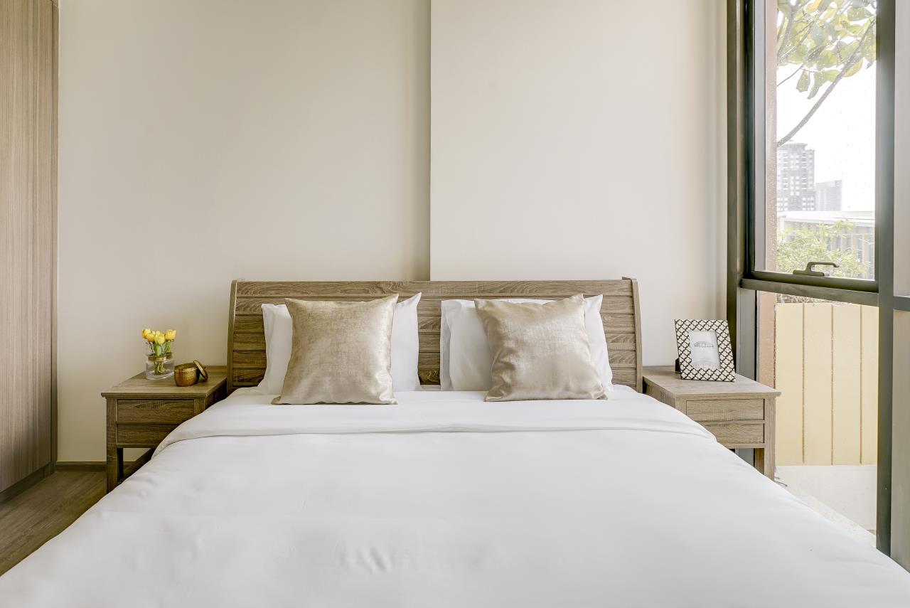 Hostmaker Bangkok Agency's Modern & Cozy 1 Bed 1 Bath Condo in the lovely Phra Khanong Neighborhood 13