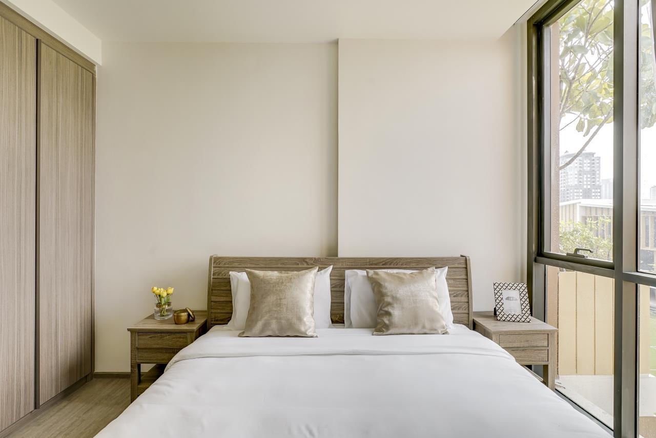 Hostmaker Bangkok Agency's Modern & Cozy 1 Bed 1 Bath Condo in the lovely Phra Khanong Neighborhood 11