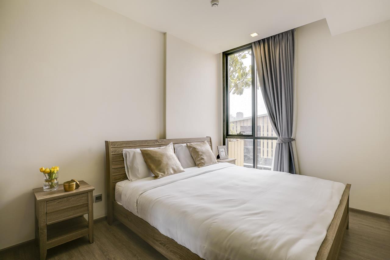 Hostmaker Bangkok Agency's Modern & Cozy 1 Bed 1 Bath Condo in the lovely Phra Khanong Neighborhood 2