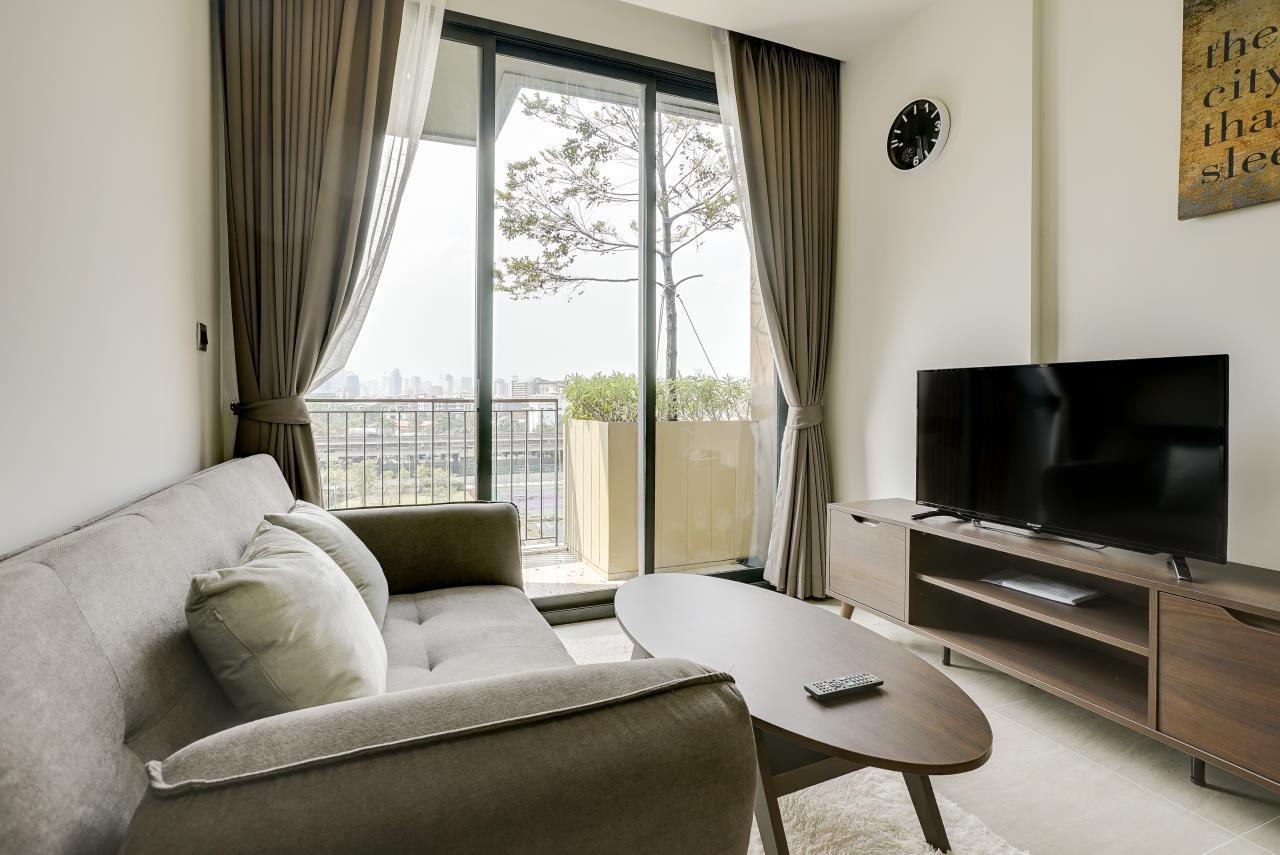 Hostmaker Bangkok Agency's Modern & Cozy 1 Bed 1 Bath Condo in the lovely Phra Khanong Neighborhood 8