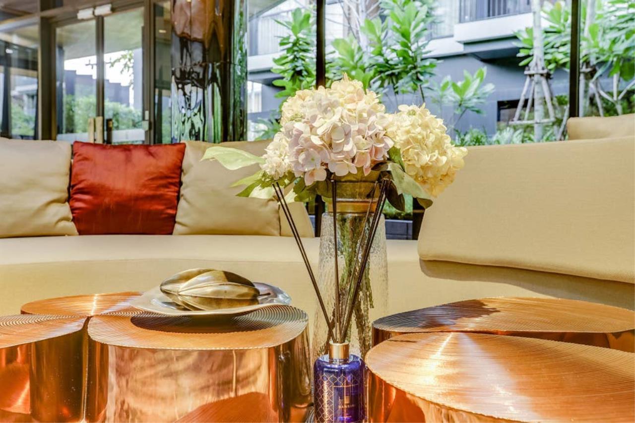 Hostmaker Bangkok Agency's Modern & Cozy 1 Bed 1 Bath Condo in the lovely Phra Khanong Neighborhood 33