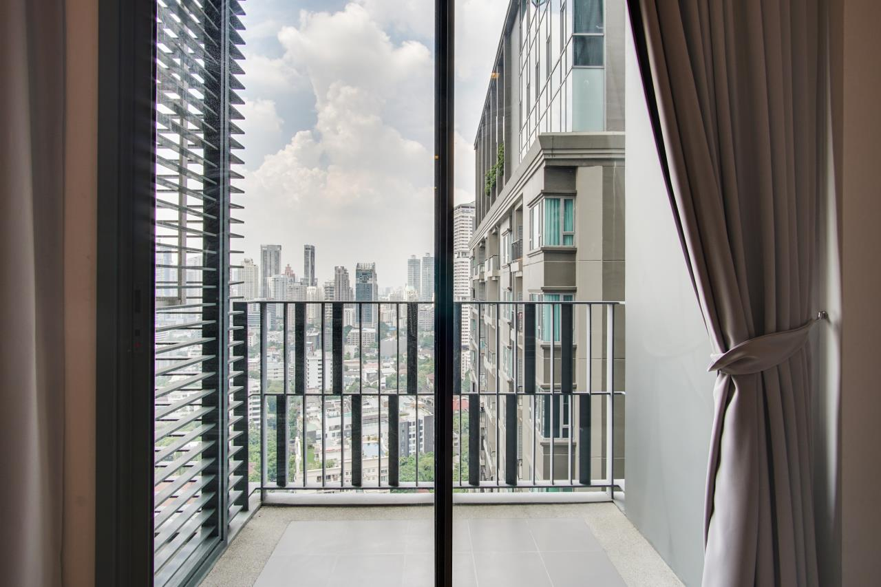 Hostmaker Bangkok Agency's Cosy & Chic 1bed Great Views in Keyne by Sansiri Condo 9