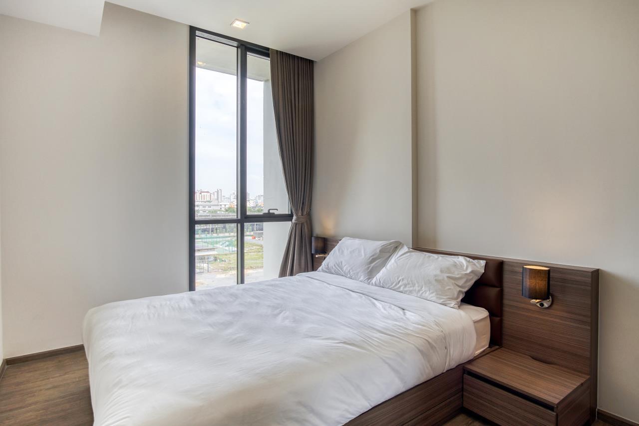 Hostmaker Bangkok Agency's Stunning 1 Bed Apt w/ Balcony in Mori Haus Condo 3