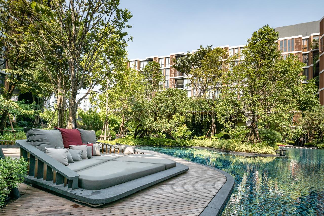 Hostmaker Bangkok Agency's Stunning 1 Bed Apt w/ Balcony in Mori Haus Condo 26